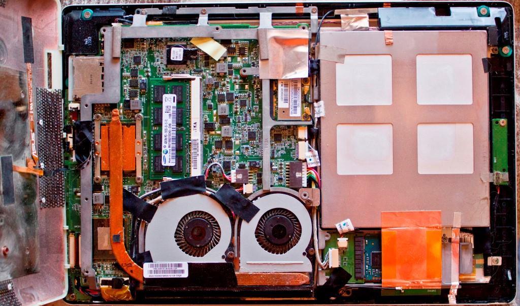 ep121-internals-motherboard-1024